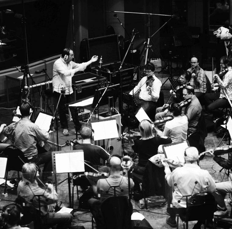 Stefano Fonzi in studio di registrazione con la London Symphony Orchestra